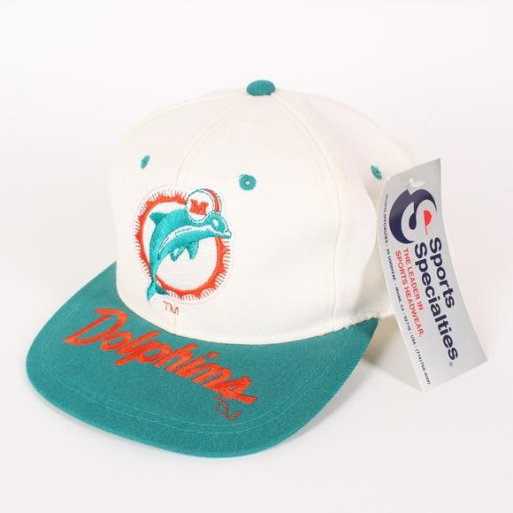 06f5cf5c NWT Vintage Miami Dolphins Snapback Hat